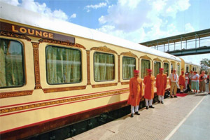 welcome in palace on wheels train
